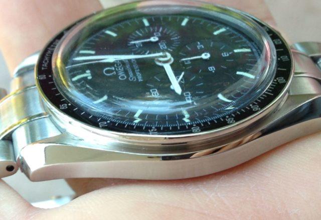 Revisione e restauro Omega Moonwatch