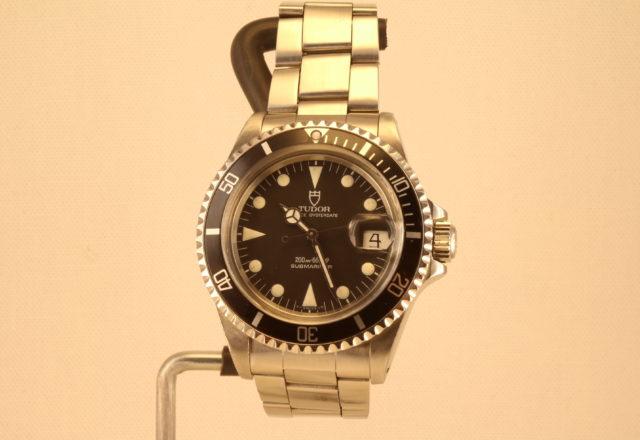 Revisione Tudor Submariner cassa Rolex